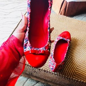 Available on Monday LV flats authentic
